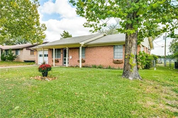 818 Acton Avenue, Duncanville, TX - USA (photo 2)