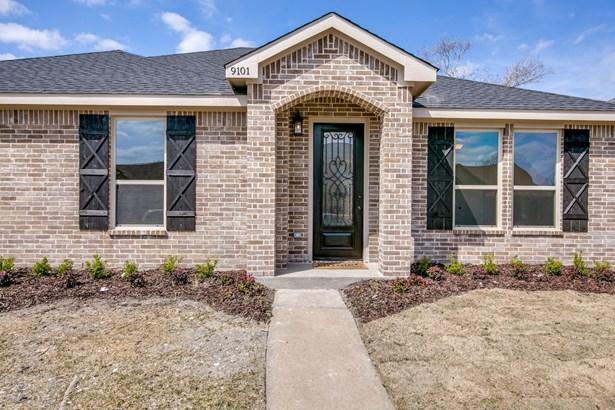 9101 Shipman Street, Rowlett, TX - USA (photo 2)