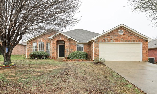 1709 Mcgarry Lane, Mansfield, TX - USA (photo 1)