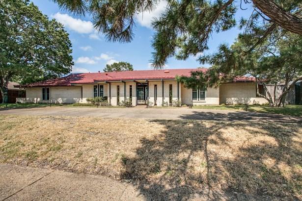 4335 Shady Bend Drive, Dallas, TX - USA (photo 1)