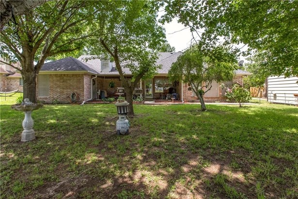 409 Pin Oak Drive, Terrell, TX - USA (photo 2)