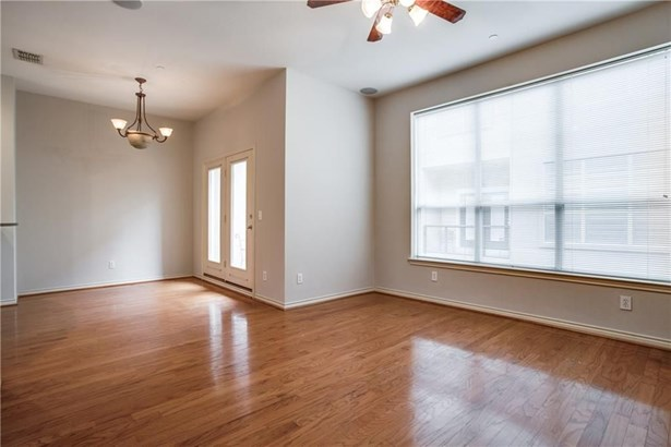 4050 Mckinney Avenue 3, Dallas, TX - USA (photo 2)