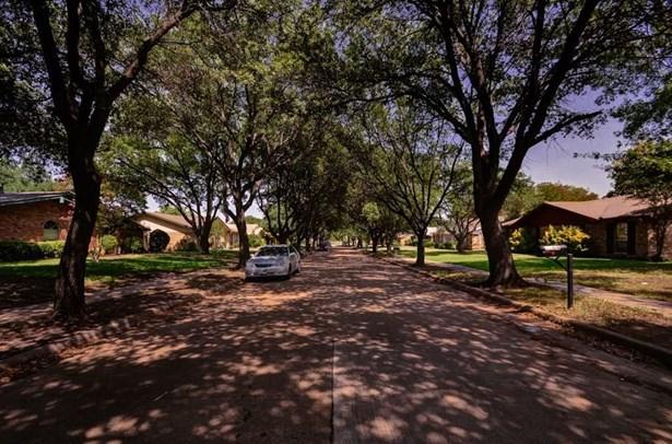 1105 Middle Cove Drive, Plano, TX - USA (photo 2)
