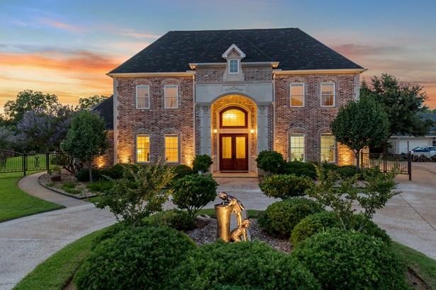 2811 Katherine Court, Dalworthington Gardens, TX - USA (photo 1)