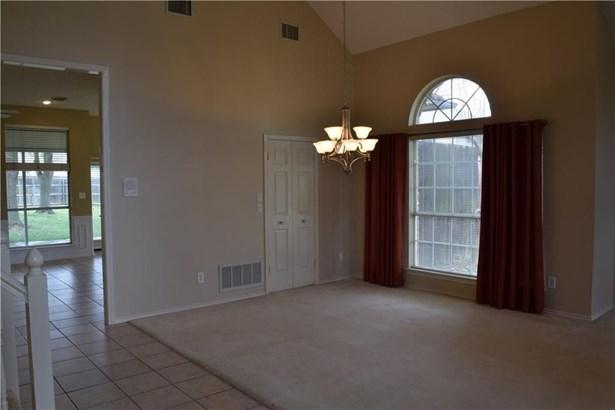 4506 Lakepointe Avenue, Rowlett, TX - USA (photo 5)