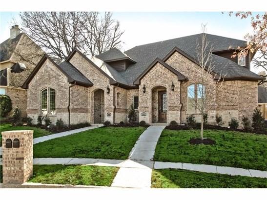 1809 Evergreen Court, Grapevine, TX - USA (photo 1)