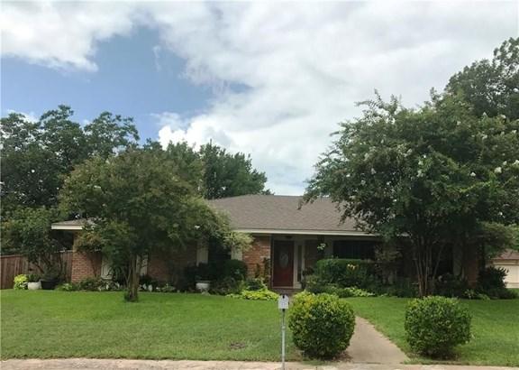 1234 Greenbrook Circle, Desoto, TX - USA (photo 1)