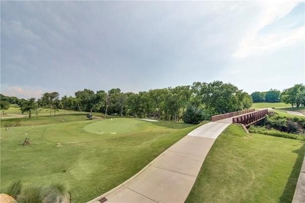 5504 Twin Cities Lane, Mckinney, TX - USA (photo 4)