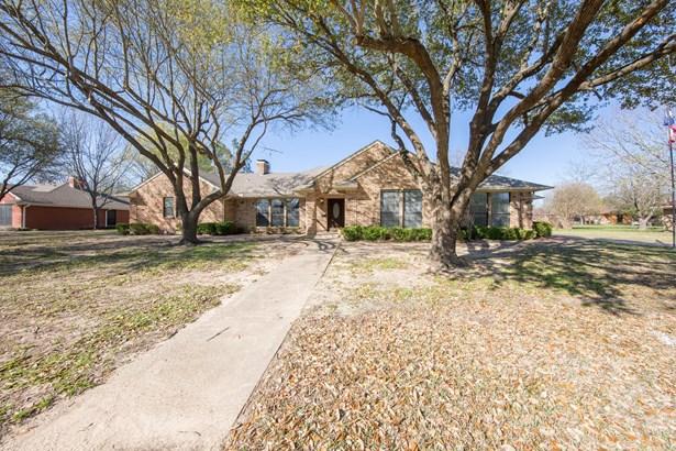 106 Juanita Avenue, Wills Point, TX - USA (photo 2)