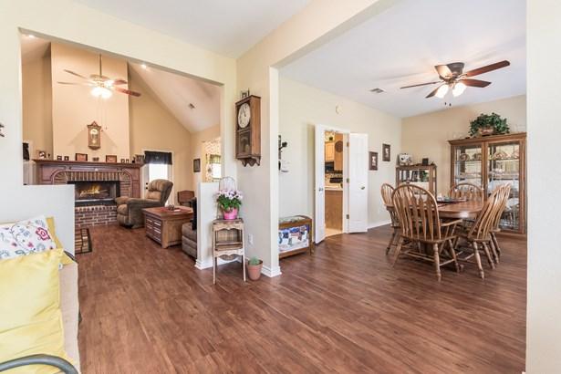 1225 Hackberry Road, Van Alstyne, TX - USA (photo 4)