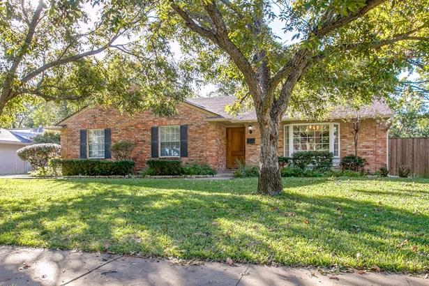 811 Brookhurst Drive, Richardson, TX - USA (photo 2)