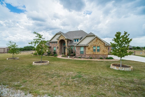 111 Deer Grove Trail, Azle, TX - USA (photo 2)