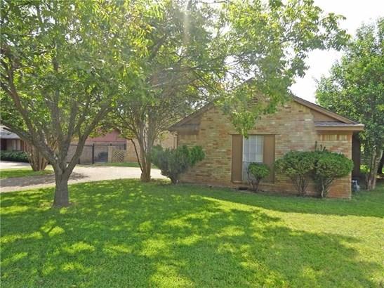 222 Swan Ridge Drive, Duncanville, TX - USA (photo 1)