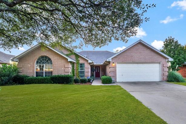 1417 Highland Drive, Mansfield, TX - USA (photo 1)