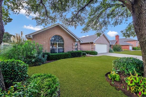 1417 Highland Drive, Mansfield, TX - USA (photo 2)