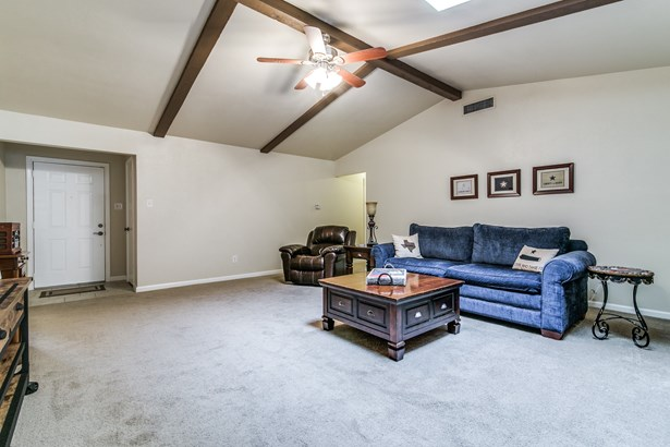 3805 Osage Drive, Rowlett, TX - USA (photo 3)
