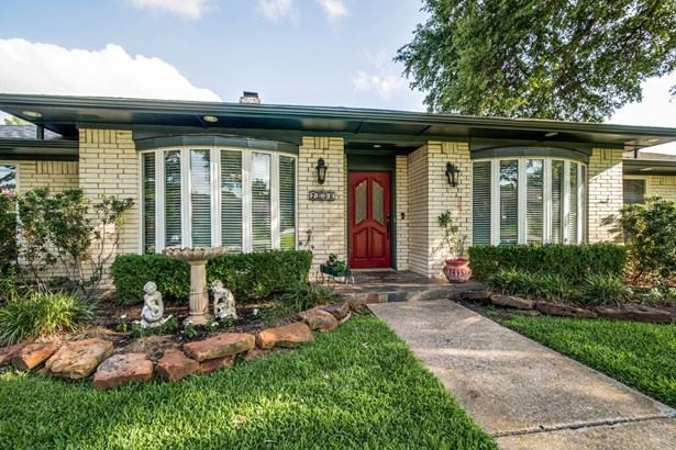 2636 Regal Road, Plano, TX - USA (photo 3)