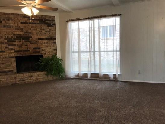 1311 Candlelight Avenue, Duncanville, TX - USA (photo 3)