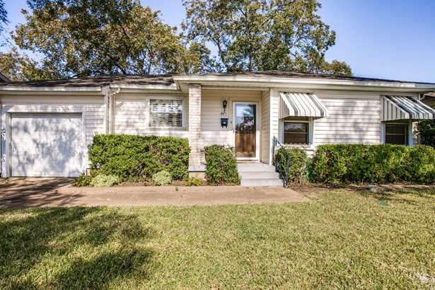 829 Bowie Street, Garland, TX - USA (photo 3)