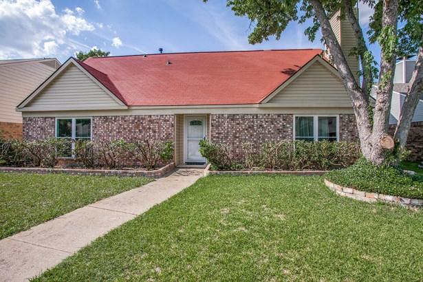 705 Pyramid Drive, Garland, TX - USA (photo 1)