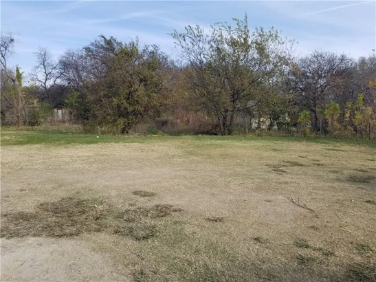 5216 Calloway Street, Sansom Park, TX - USA (photo 2)
