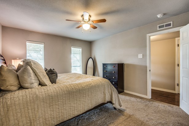 1825 Arundel Drive, Carrollton, TX - USA (photo 5)