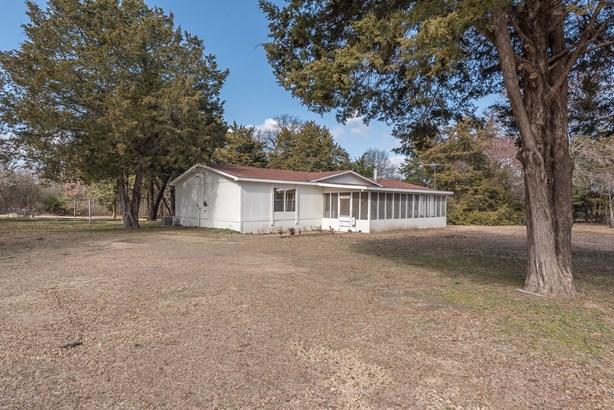 1610 Timber Creek Drive, Kemp, TX - USA (photo 2)