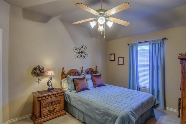 1601 Bluebird Drive, Little Elm, TX - USA (photo 5)