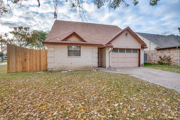 501 Causey Lane, Irving, TX - USA (photo 2)