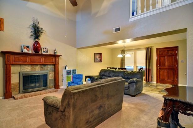 4801 Shadyway Drive, Arlington, TX - USA (photo 4)