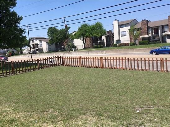 1022 E Centerville Road, Garland, TX - USA (photo 2)