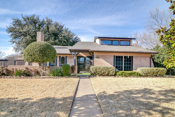 2925 Meadow Park Drive, Garland, TX - USA (photo 1)