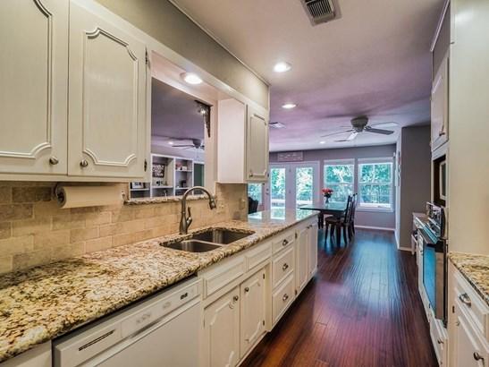 1731 Park Ridge Terrace, Arlington, TX - USA (photo 4)