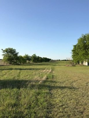 10490 Gregory Road, Sanger, TX - USA (photo 2)