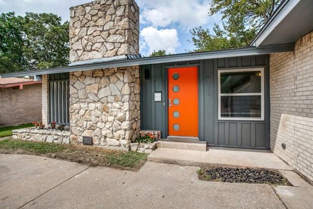 912 Forreston Drive, Richardson, TX - USA (photo 2)