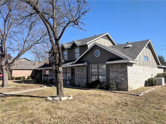 569 Calvert Court, Lewisville, TX - USA (photo 2)