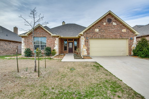 317 Valley Drive, Aubrey, TX - USA (photo 1)