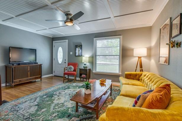 2800 Anita Drive, Garland, TX - USA (photo 5)