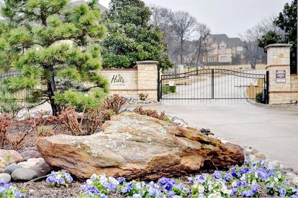 1345 Overlook Circle, Cedar Hill, TX - USA (photo 2)