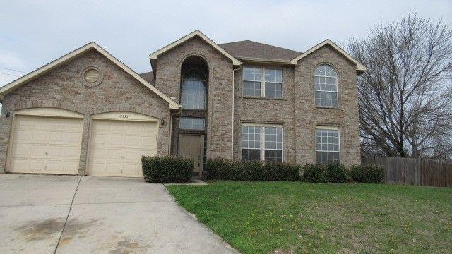 2352 Warrington Drive, Grand Prairie, TX - USA (photo 1)