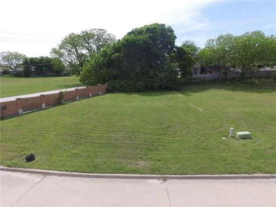 5253 Lake Terrace Court, Garland, TX - USA (photo 1)