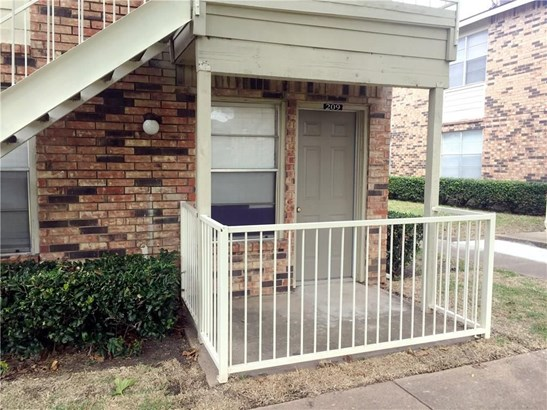 2200 E Trinity Mills Road 209, Carrollton, TX - USA (photo 2)
