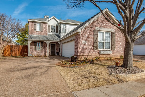 2333 Folkstone Way, Bedford, TX - USA (photo 1)