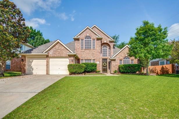 527 Austin Oaks Drive, Grapevine, TX - USA (photo 1)