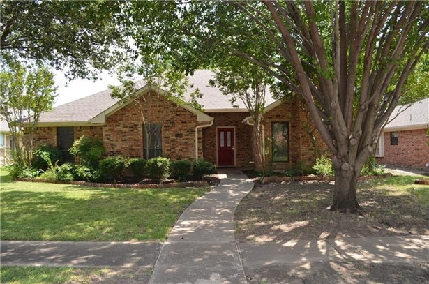 2540 Belmeade Drive, Carrollton, TX - USA (photo 1)