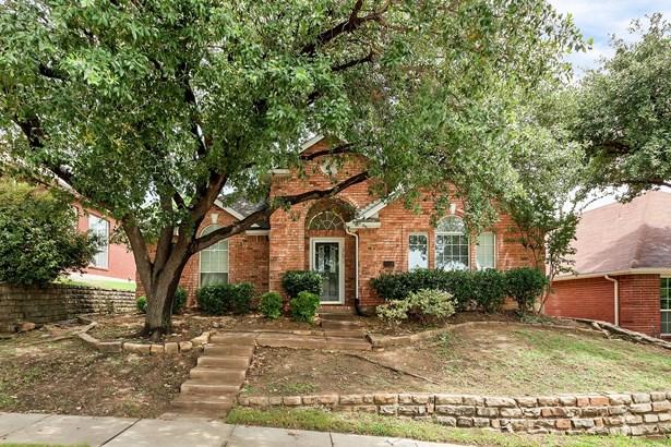 1729 Bennington Drive, Carrollton, TX - USA (photo 1)
