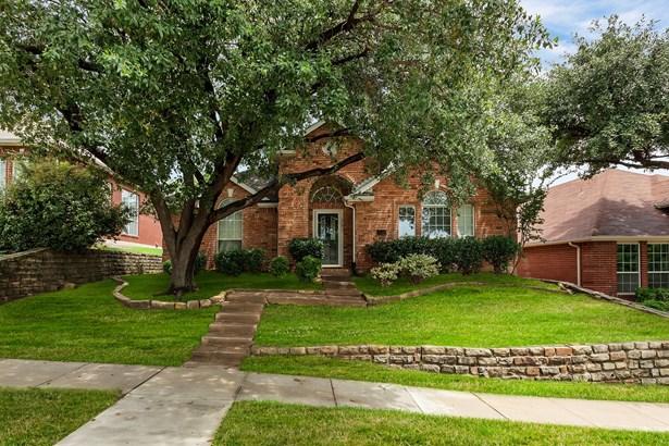 1729 Bennington Drive, Carrollton, TX - USA (photo 2)