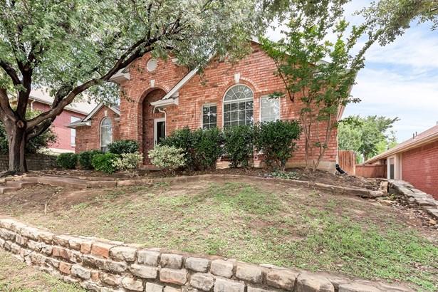 1729 Bennington Drive, Carrollton, TX - USA (photo 3)