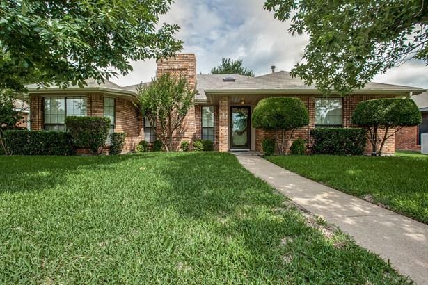 1509 Buena Vista Avenue, Garland, TX - USA (photo 1)