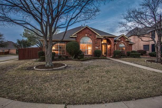 4901 Bayport Circle, Rowlett, TX - USA (photo 2)